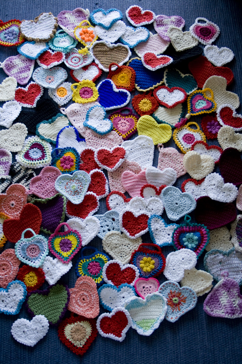 Crochet hearts for Soita Mummolle